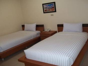 Wahana Inn Hotel Singkawang - Superior Twin Room Regular Plan