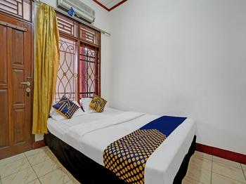 OYO 3882 Pondok Pujasera Sumedang - Standard Double Room Last Minute Deal