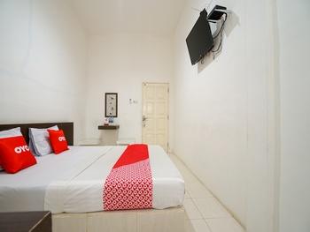 OYO 1868 Penginapan Sekip Palembang - Standard Double Room Regular Plan