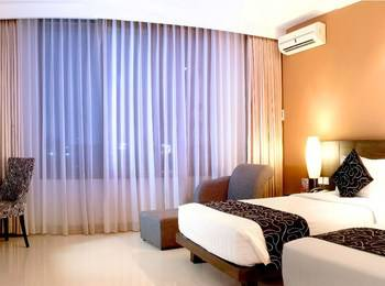 Grand Pacific Hotel Bandung - Suite Twin Bed Regular Plan