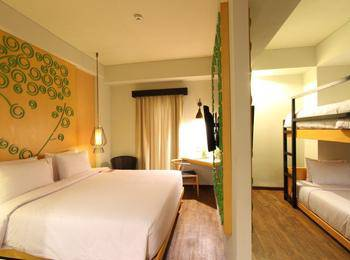Max One Hotel Legian - Family Room With Breakfast Private Boost 55%
