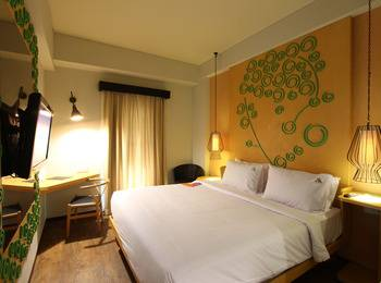 Max One Hotel Legian - Superior - Hanya Kamar Basic Deal