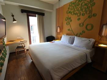 Max One Hotel Legian - Superior Room Only Regular Plan