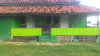 Pondok New Purnama Garut - Villa Standard Room Only NR Minimum Stay 2 Nights