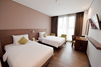 Hotel Hemangini Bandung -  Superior Twin Room Regular Plan