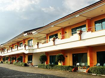 Hotel Borobudur Indah