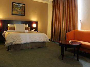 Citra Grand Hotel & Residence Karawang - Junior Suite Room With Breakfast Promo discount 15% - Non Refund