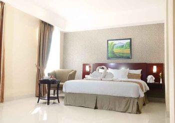Asialink Premier managed by Prasanthi Karawang - Deluxe King Room Only Regular Plan