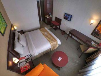Asialink Premier managed by Prasanthi Karawang - Superior King Room Only Regular Plan