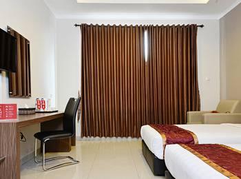 ZenRooms Pangaran Dalem Kaum - Double Room Regular Plan