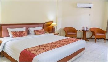 Surya Transera Beach Hotel Pangandaran Pangandaran - Deluxe Double Bed Room Only Regular Plan