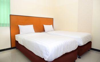 Hotel Pelangi Indah Semarang - Deluxe 2 Double Deluxe2 Safe stay