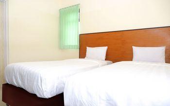 Hotel Pelangi Indah Semarang - Deluxe 2 twin Deluxe2 Safe stay