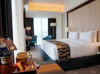 Louis Kienne Hotel Pandanaran Semarang - Deluxe King Room Regular Plan