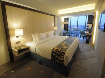 Louis Kienne Hotel Pandanaran Semarang - Deluxe Room Only Regular Plan