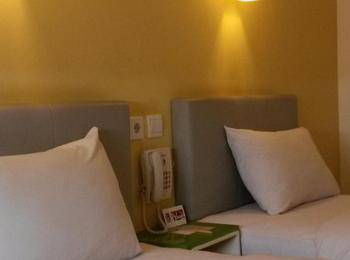 Amaris Panglima Polim 2 - Smart Room Twin  Regular Plan