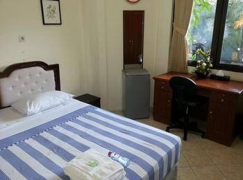 Graha Ara Syariah Homestay Surabaya - Superior Regular Plan