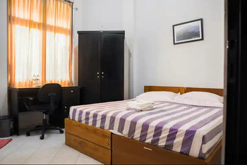 Graha Ara Syariah Homestay Surabaya - Superior Room only Regular Plan