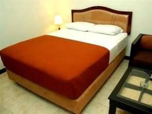 Hotel Unik Bandung - Standard Double Room with Breakfast Regular Plan