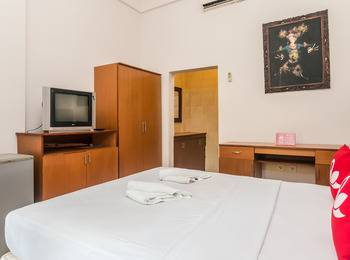 ZenRooms Kedonganan Pengeracikan - Double Room (Room Only) Special Promo