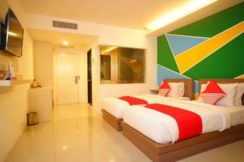 Capital O 166 Hotel Princess Palembang - Standard Twin Room Regular Plan