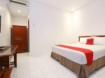 RedDoorz Plus near Alun Alun Selatan 2 Yogyakarta - RedDoorz SALE 99k Regular Plan