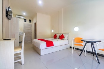 Tirai Bambu Jimbaran Bali - Deluxe Double Room Only Getaway Deal - 39%
