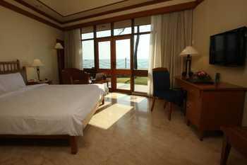 Makassar Golden Hotel Makassar - Cottage King Bed Sea View Room Only   Regular Plan