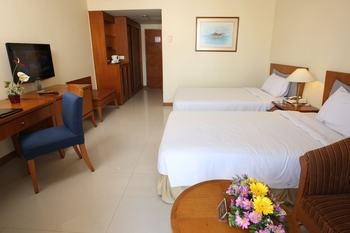 Makassar Golden Hotel Makassar - Deluxe Twin Bed Room Only - Area Deals Regular Plan