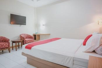 RedDoorz near Transmart Jambi Jambi - RedDoorz Suite Room Regular Plan