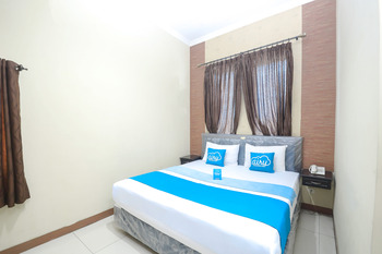 Airy Sadang Veteran 1 Purwakarta - Deluxe Double Room Only Special Promo July 28.