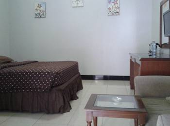 Pesona Enasa Merak Hotel Cilegon - Suite Room Regular Plan