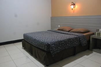 Pesona Enasa Merak Hotel Cilegon - Suite Room Regular Plan