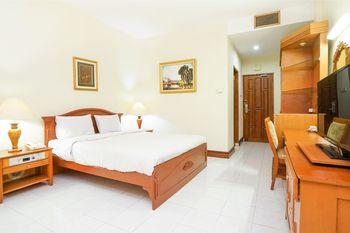 Tretes Raya Hotel Pasuruan - Deluxe Double Regular Plan