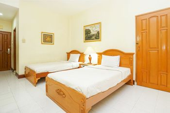 Tretes Raya Hotel Pasuruan - Deluxe Twin Regular Plan