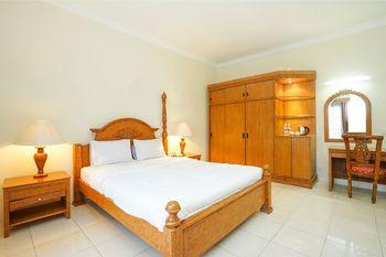 Tretes Raya Hotel Pasuruan - Suite Double Regular Plan