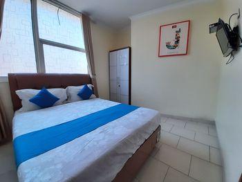 Nusalink Near Cengkareng Jakarta - Standard Double Room Only Best Deal