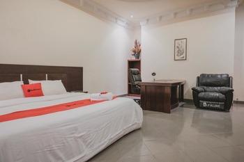 RedDoorz Premium @ Jalan Pal 10 Jambi Jambi - RedDoorz Suite Last Minute
