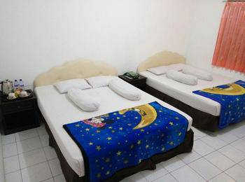 Hotel Garuda Bontang Bontang - Family Room Regular Plan