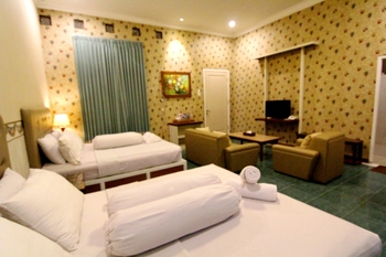 Hotel Gradia 2 Malang - Exclusive 4 Non Breakfast promotion stay
