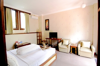 Hotel Gradia 2 Malang - Family 2 Non Breakfast promotion stay