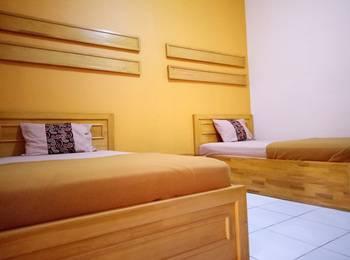 Hotel Borobudur Tasikmalaya - Deluxe Room Regular Plan