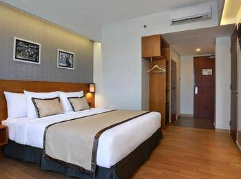 ZenRooms Denpasar Gatot Subroto - Double Room Only Regular Plan