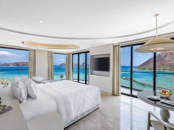 AYANA Komodo Resort, Waecicu Beach - Full Ocean View Suite Room Only Special Deal 10%