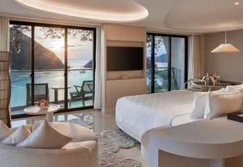 AYANA Komodo Resort, Waecicu Beach - Full Ocean View Suite Breakfast Included Regular Plan
