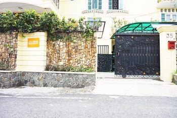 KoolKost Female Syariah @ Jalan Taman Bunga Merak
