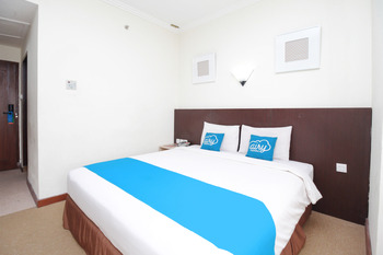 Airy Caturtunggal Colombo Yogyakarta Yogyakarta - Superior Double Room with Breakfast Special Promo Sep 45