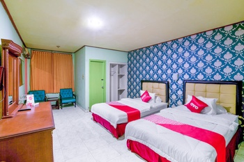 OYO 3435 Hotel Matahari 2 Syariah Jambi - Deluxe Twin Room Promotion