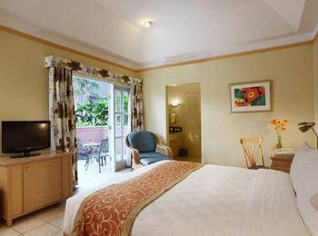 Aryaduta Lippo Village Tangerang - Cabana Suite With Breakfast Non Smoking Regular Plan
