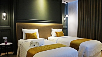 Hotel Shalva Jakarta Jakarta - Royal Deluxe Twin Room Save 55%!